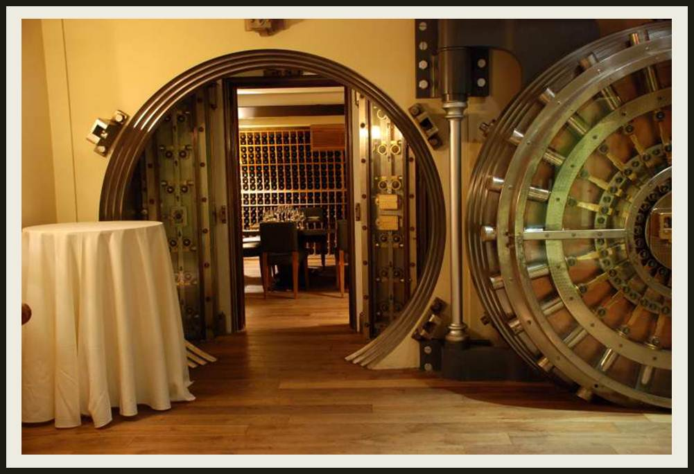 Custom Wine Cellars With A Difference Santa Monica Los